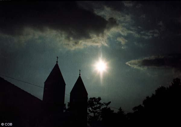 St. JAMES CHURCH IN MEDJUGORJE - July, 3 1986 18:40