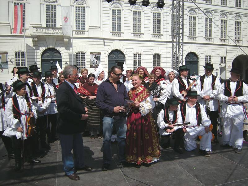 AN CROATIAN-AUSTRIAN FOLKLORE GROUP GETTING READY TO PERFORM - SOKADIJA, VIENNA-BASED CROATIAN FOLKLORE GROUP, PERFORMING AT JOSEFSPLATZ.