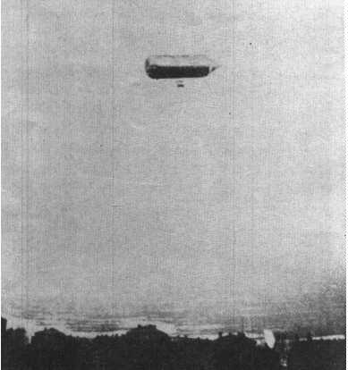 AIRSHIP - SCHWARZ'S AIRSHIP FLYING 400 METRES ABOVE TEMPELHOF FIELD DURING ITS TRIAL FLIGHT - DAVID SCHWARZ  (DECEMBER 20, 1852,KESZTHELY, HUNGARY – JANUARY 13, 1897, VIENNA)  OCCUPATION     INVENTOR KNOWN FOR:    CREATED THE FIRST FLYABLE RIGID AIRSHIP
